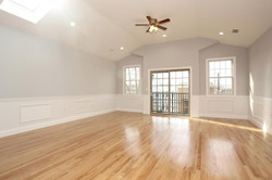 80 Lincoln St Jersey City NJ-large-028-31-Living Room-1500x1000-72dpi