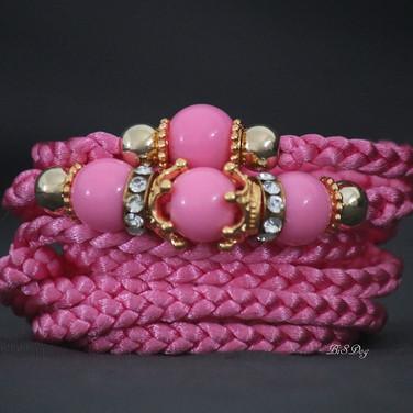 €15 / $18 Pink