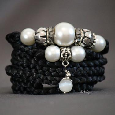 €20 / $23 Black Pearl