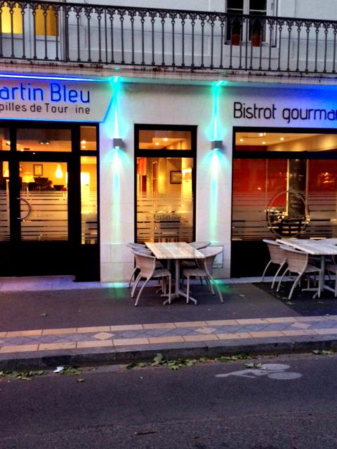terrasse-de-nuit-au-martin-bleu-tours