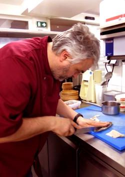 Cuisinier-Florent-au-martin-bleu-restaurant-tours