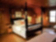 The Four Poster Room - The Avalon Inn on Cuttyhunk
