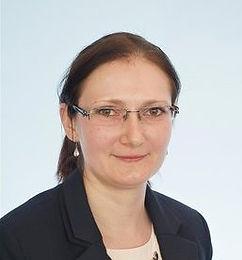 Dr. Bor Renáta