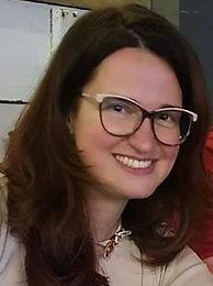Dr. Illés Dóra