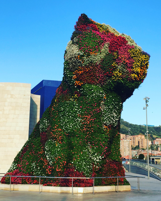 Jeff Koons at the Giggenheim Bilbao, Spain