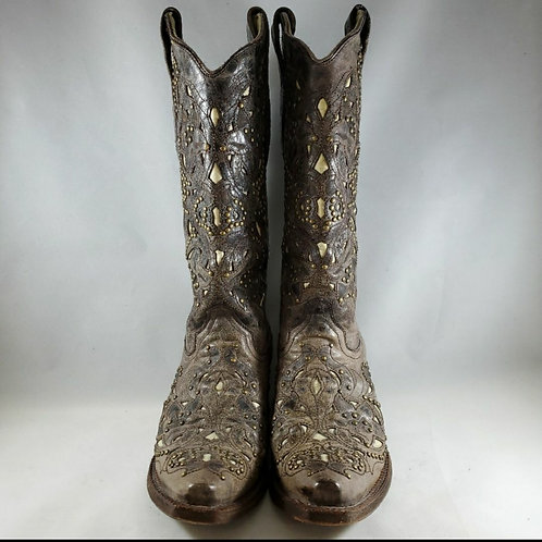 Corral Vintage studded cutout leather boot. Size 6.5