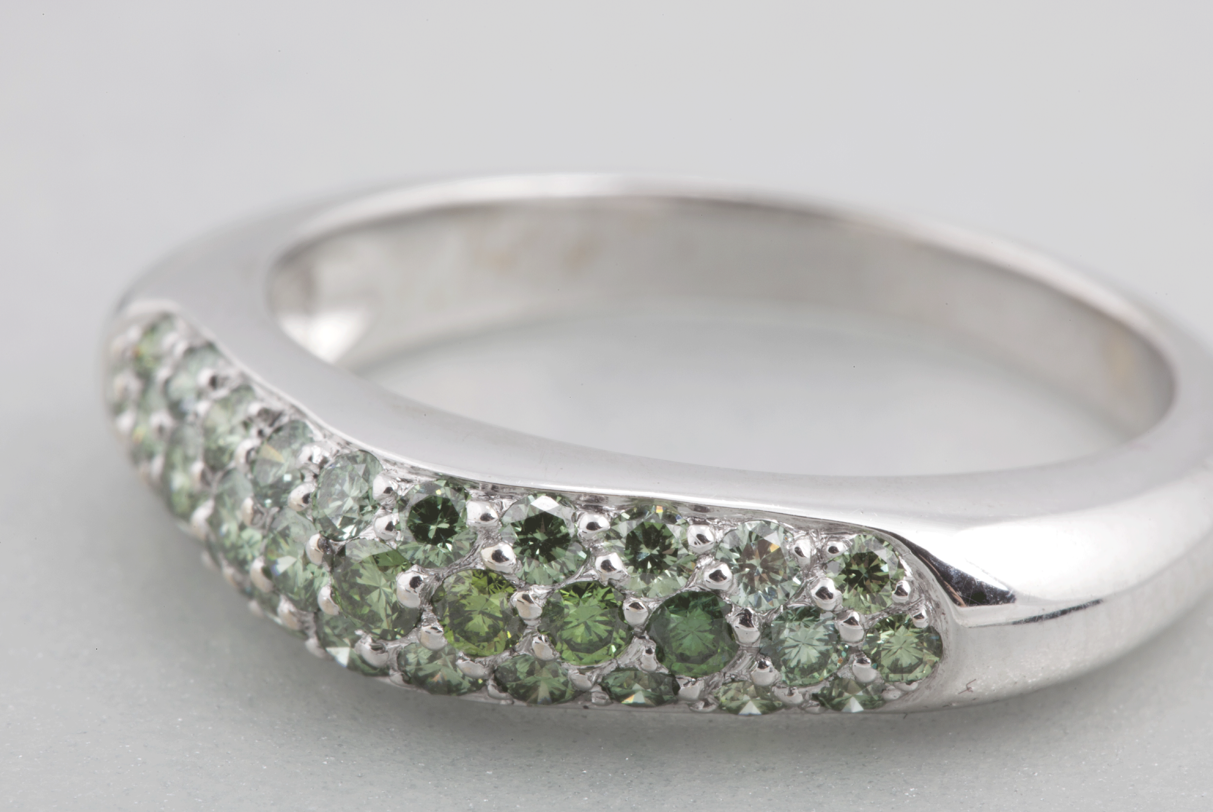 Bague Trio – Diamants vert