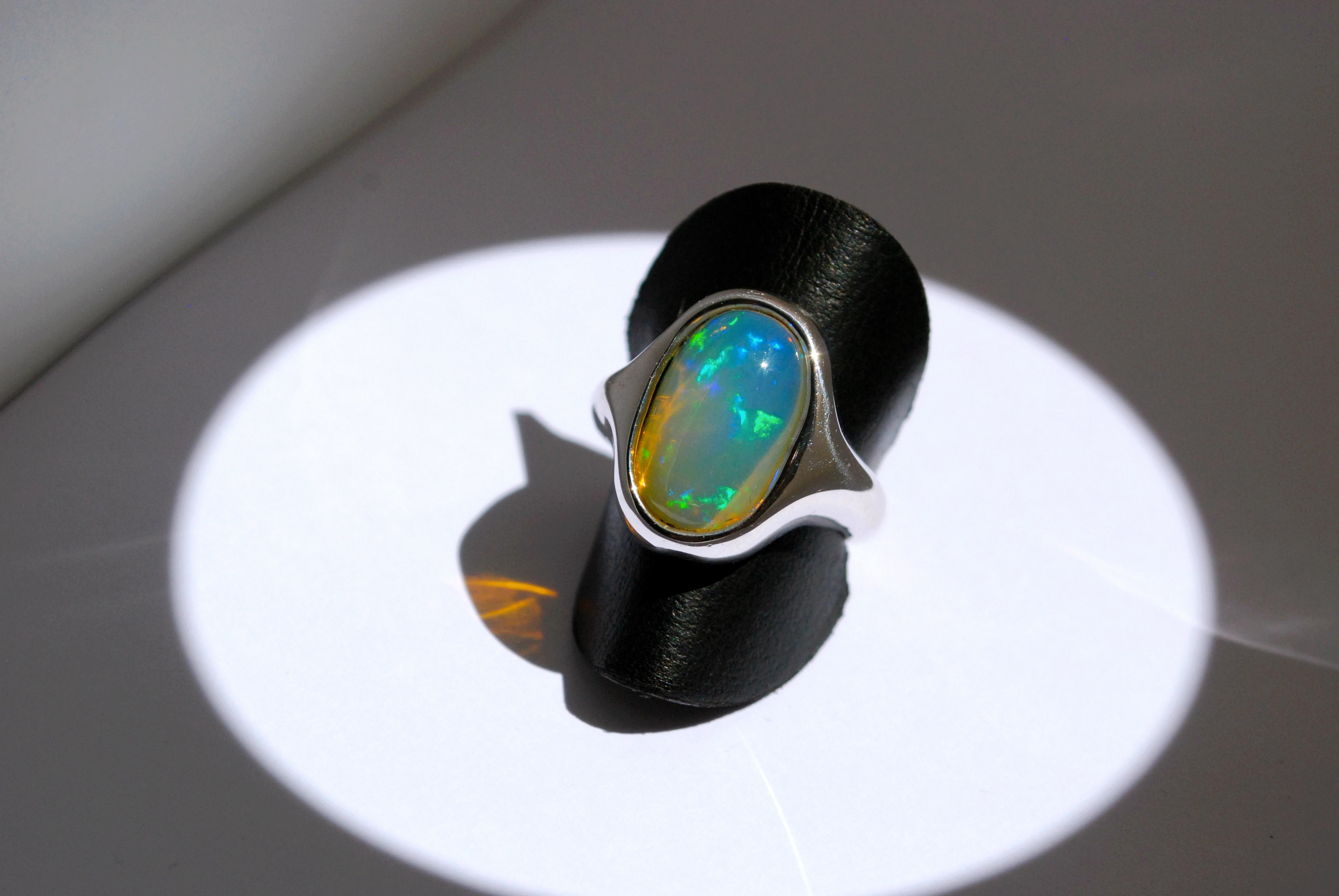 Bague et son opale