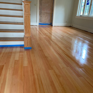 Pine hardwood installation with oil sealer and water finish