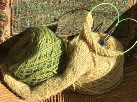 Goldenrod & comfrey dyed Shetland yarn.
