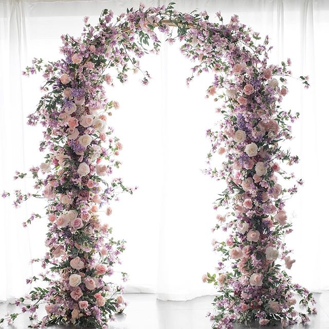 New natural style flower arch 🌿🌸 #pamp