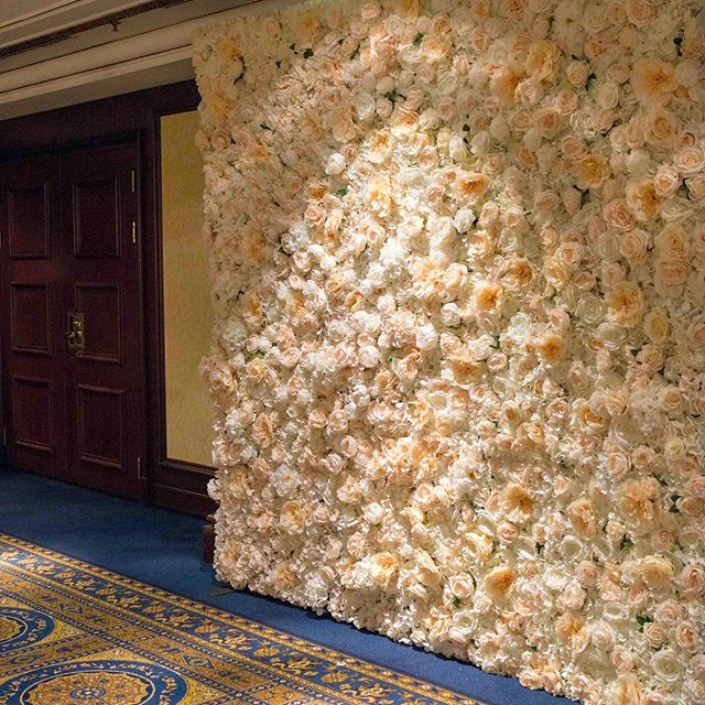 Flower wall for wedding photo booth📷_👉