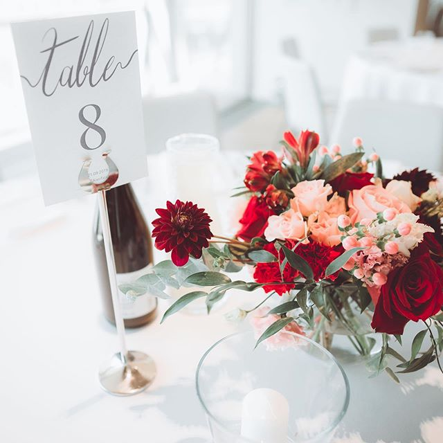 Our fresh flower table decoration 🌿🌸 �