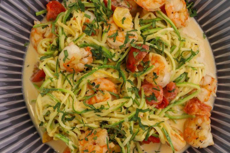 Spaghettis de courgettes et crevettes