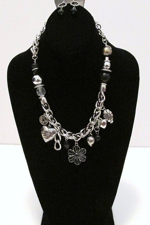 Charmed I'm Sure Necklace Set - Paparazzi