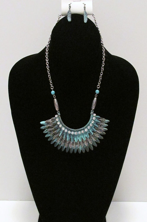 Queen Tribal Feather Necklace Set