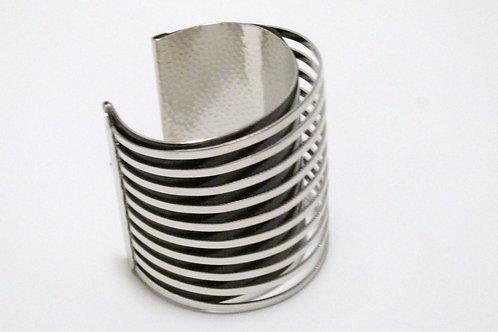 Queen Future Cuff Bracelet Silver/Black