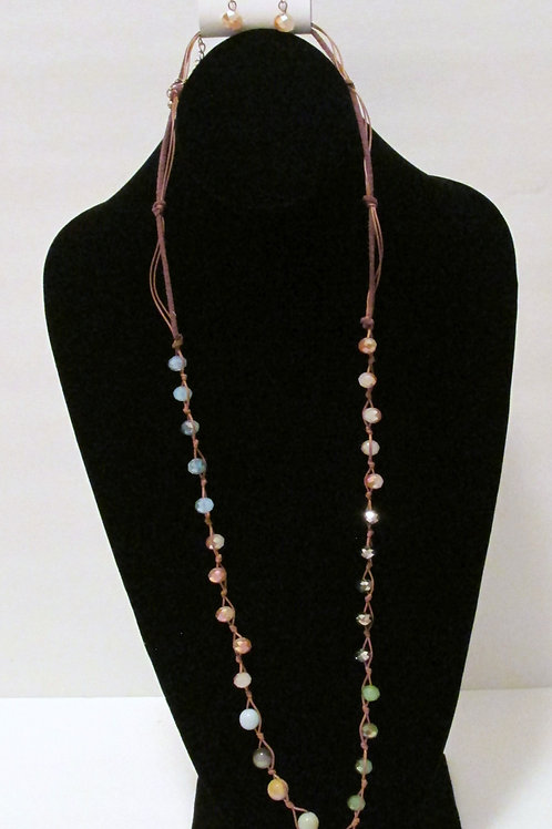 Queen Beaded Leaf Necklace Set