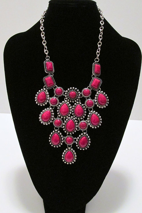 Queen Red and Silver Necklace Set