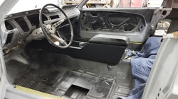 1697 Mustang Console