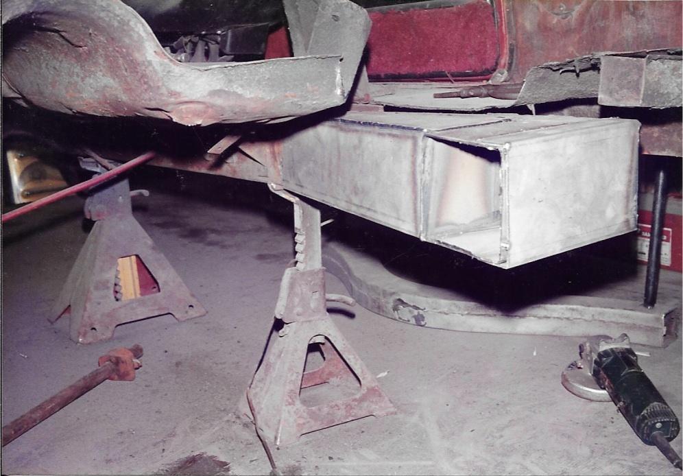 Nostalgia Carpetbagger Racecar