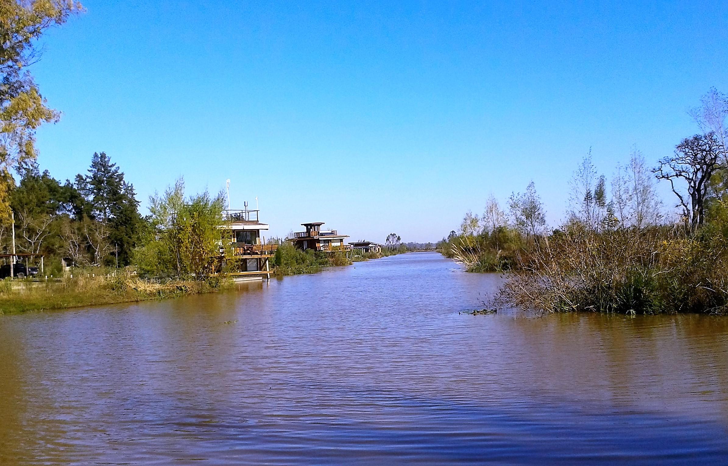 Vista del canal hacia el SW