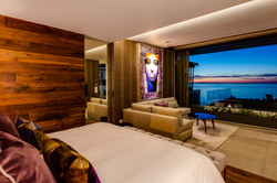 Sea Lion - Master Bedroom
