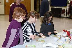 Leah, Rebecca & Anna.JPG