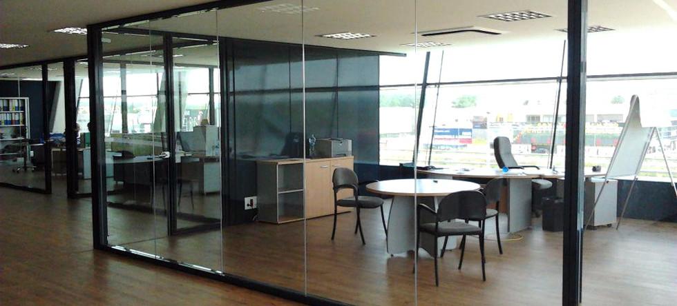 Técnika Mamparas de oficina Nouestil 9estil