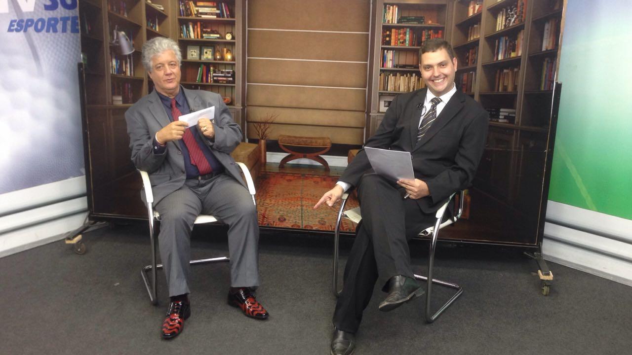 Com o advogado Daniel Delgado.