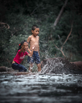 Vietnamese Children playing, Phu Quoc