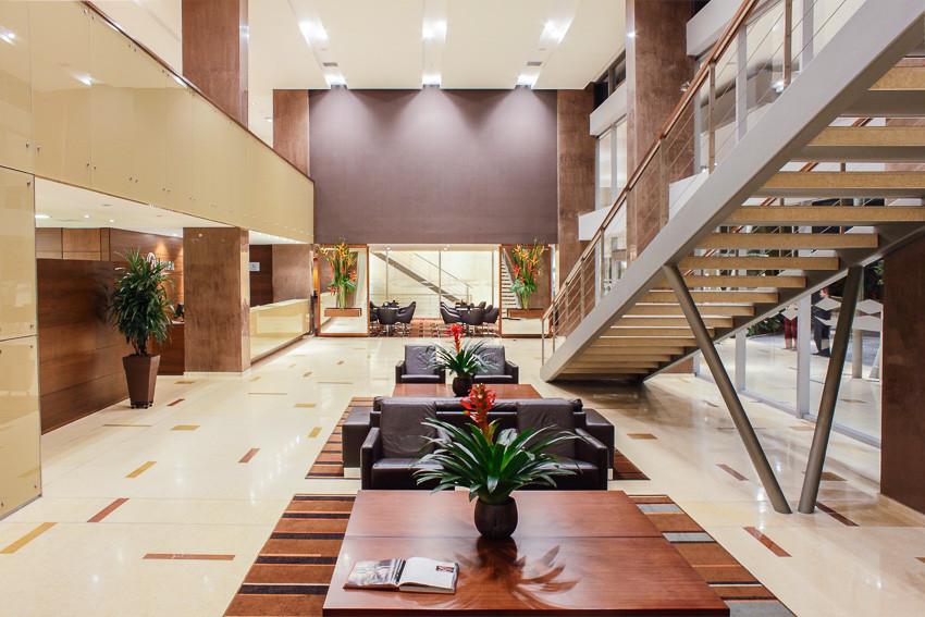 _MG_7066 lobby_.jpg
