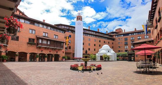 5658 Panorama Plaza de banderas_.jpg
