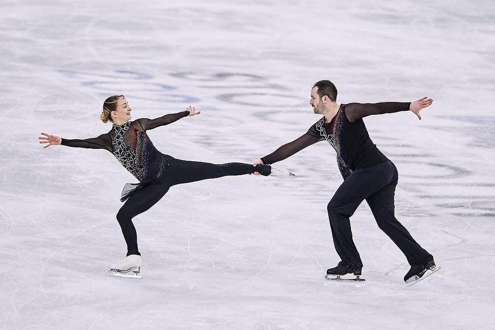 Chris Boyadji and Zoe JOnes skate at the World Figure Skating Championships