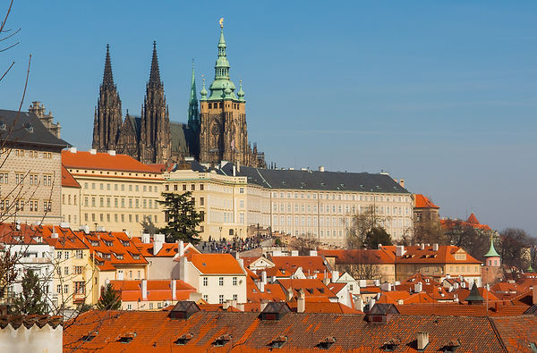 prague-castle-and-st-vitus-cathedral.jpg
