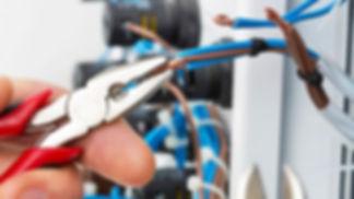 Eletricista em Curitiba Eleticistas Curitiba : Hubitec Eletricista