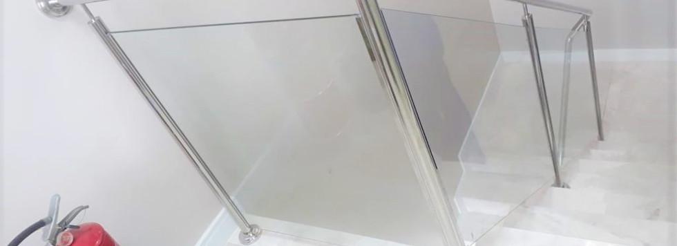 guarda corpo para escada em curitiba.jpe