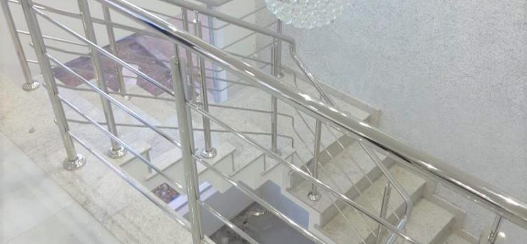 corrimão_para_escada.jpeg