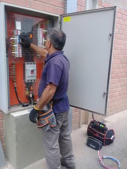 Eletricista Padrão Copel em Curitiba