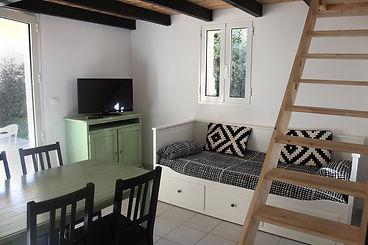 Salon Mini Villa.jpeg
