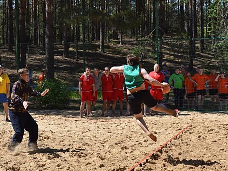 """Пляжный гандбол в """"Большой медведице"""""""