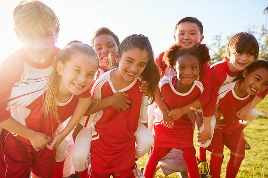 Kids in elementary school sports team pi