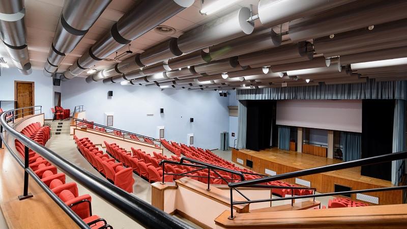Il Cine-Teatro Parmenide