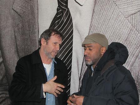 TOXIC et Stephen TORTON devant le portra