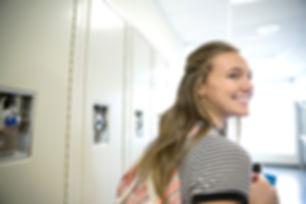 Estudante que sorri