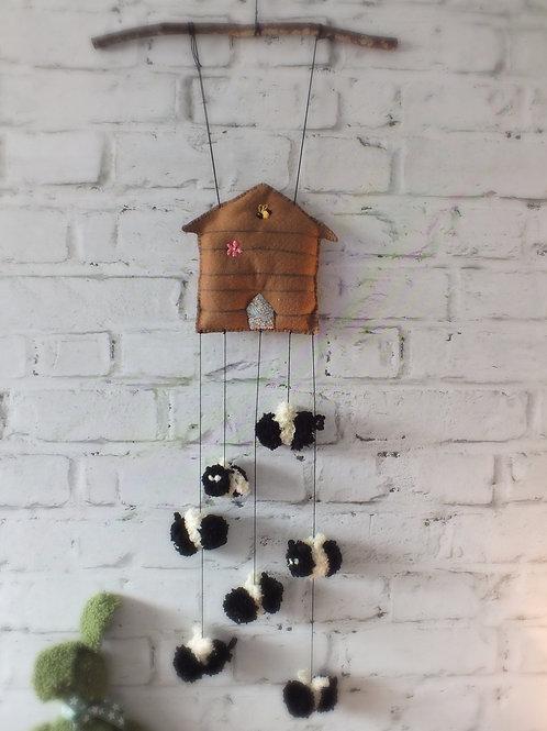 Pom Pom Busy Bee Wall Hanging