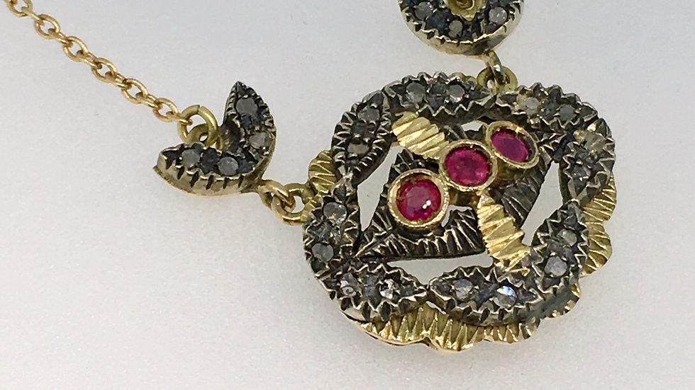 Antiek collier met robijn en diamant