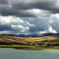 Lac avant orage.jpg