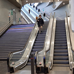 Métro_station_Ls_Halles.jpg