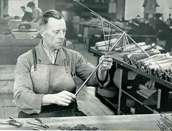 Kortenbach-Umformtechnik-Unternehmen-Kni